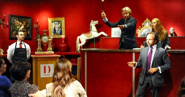 Аукцион: Самые необычные лоты и торги