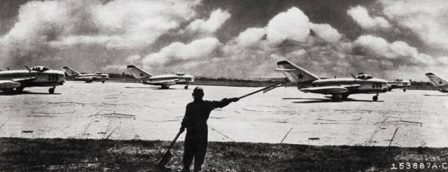 Советские лётчики в Корее