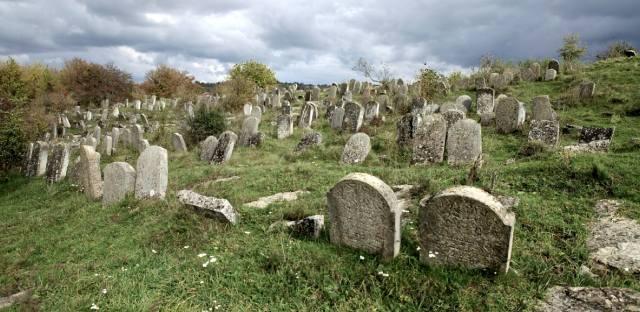 Сатанов — город евреев и его кладбище