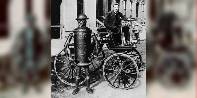 Робот Boilerplate: Кто придумал фейк про самовар с ногами?