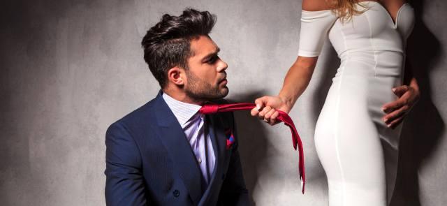 Как женщине заставить мужчину принять нужное ей решение