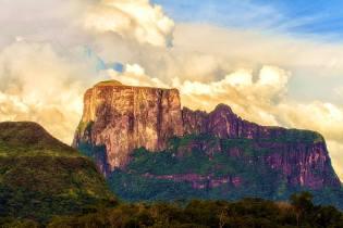 Фото: плато горы Рорайма — интересные факты