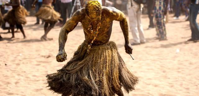 Ритуальные танцы африканских колдунов