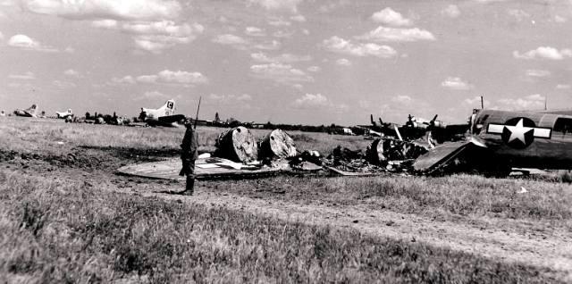 Как Сталин избавился от авиабаз союзников на Украине?