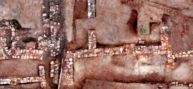 Тенея: Город троянцев в Греции