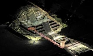 Фото: Теотиуакан — подземный тоннель