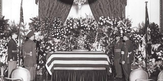 Франклин Рузвельт: Почему президента хоронили в закрытом гробу?