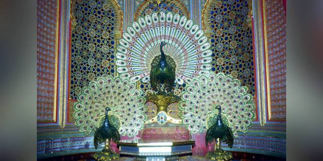 Павлиний трон в Индии