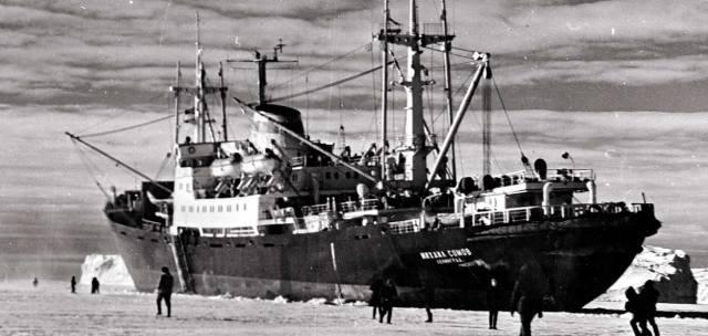В ледовом плену: Легендарный дрейф корабля Михаил Сомов