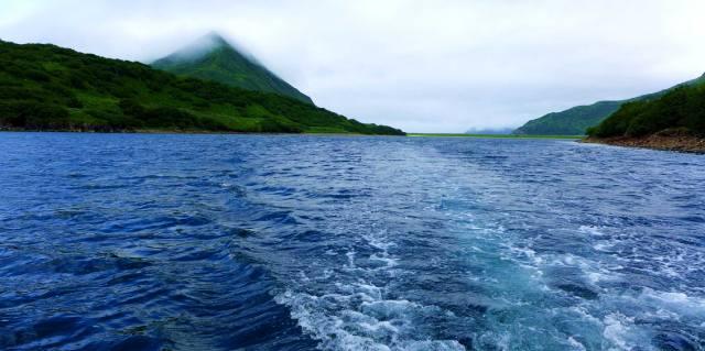 Алеутские острова кому принадлежат